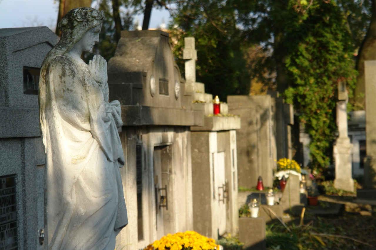 Obudowa grobu